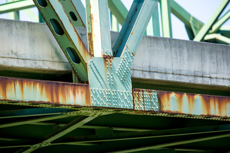 Omaha's Mormon Bridge