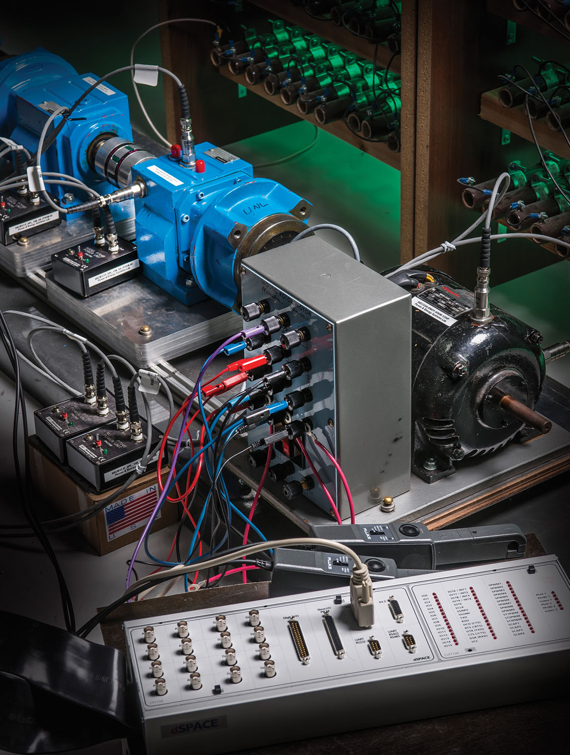 Test gearbox and data acquisition system